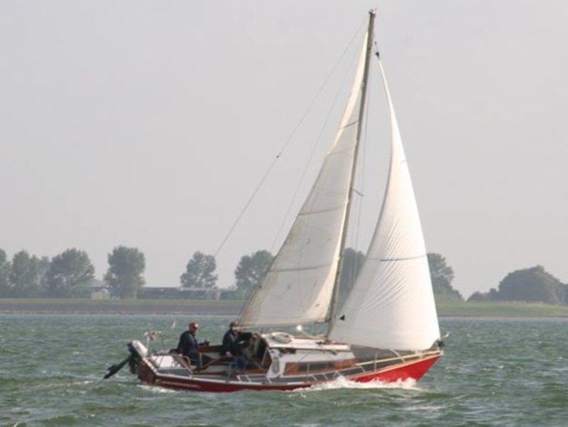 Super Open zeilboot Waarschip 725 Echt-Waar huren   1 t/m 4 personen EQ-91